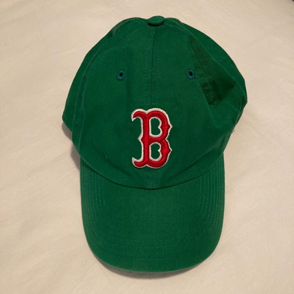 Green Boston Red Sox hat